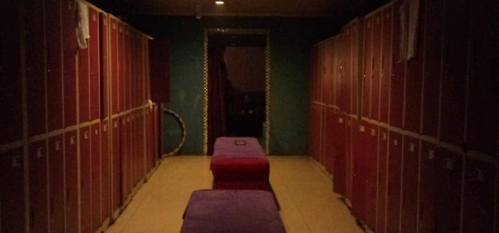 [视频]北京同志浴室内部环境(九龙湾)